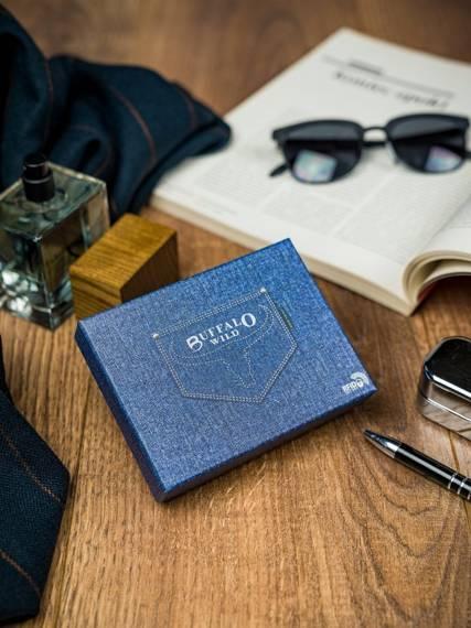 Niewielki portfel męski Buffalo Wild RFID wersja pionowa