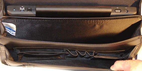 "Praktyczna skórzana teczka czarna neseser na laptopa Halsted 15,6"""